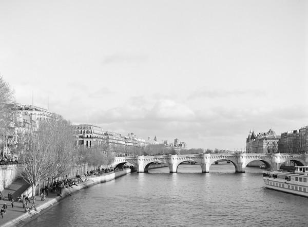 Paris-Film-Photographer-002