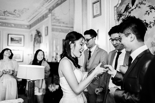 Wedding-at-Cambridge-Cottage-Kew-Gardens-00018