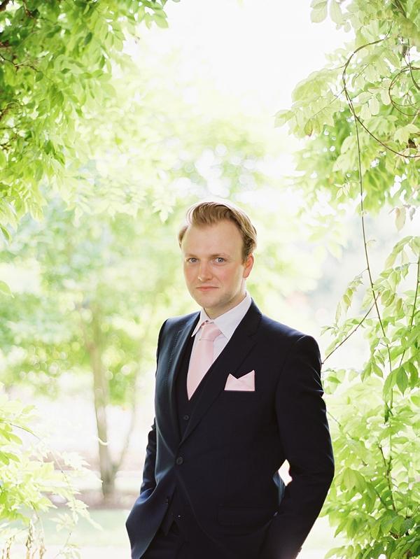Wedding-at-The-Orangery-Holland-Park-0018