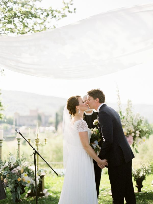 Wedding-Photographer-Tuscany-Castello-di-Meleto-0034
